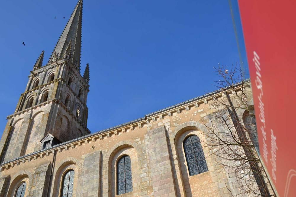 église et flèche