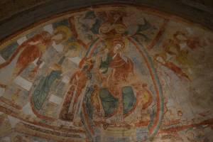 Cul de four de la crypte : Vierge à l'enfant dans une mandorle, le christ couronnant Sainte-Catherine