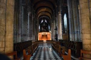 Intérieure de la Nef de Notre-Dame de Poitiers