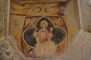 Christ en majesté (pantocrator) et le tétramorphe : peintures gothiques du choeur.