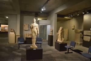 Aile Antique : statues antique de type romaines