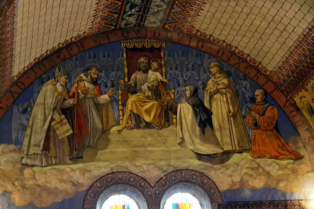 Bras sud du transept : Joseph trônant