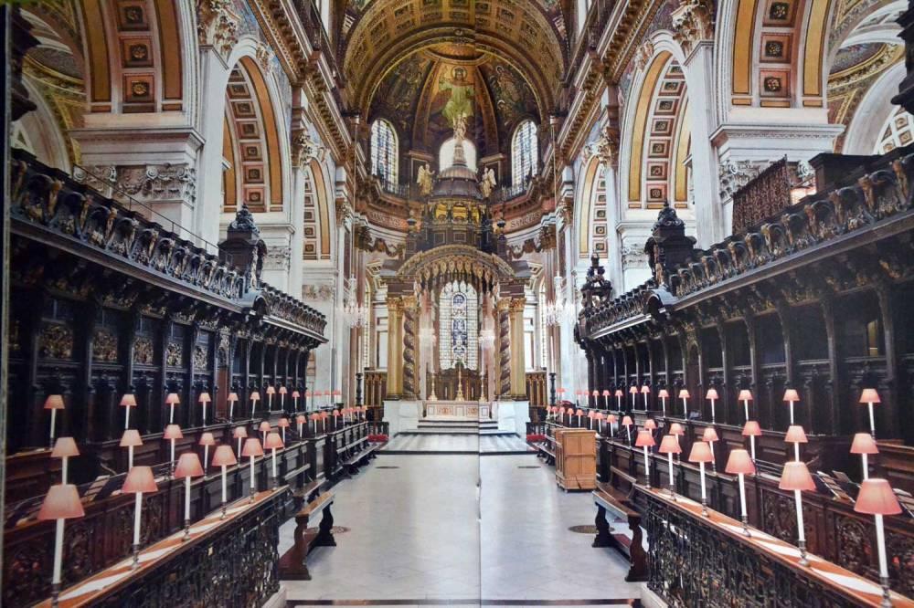 Choeur et stalles / c- monographie Cathédrale Saint-Paul_boutique cathédrale