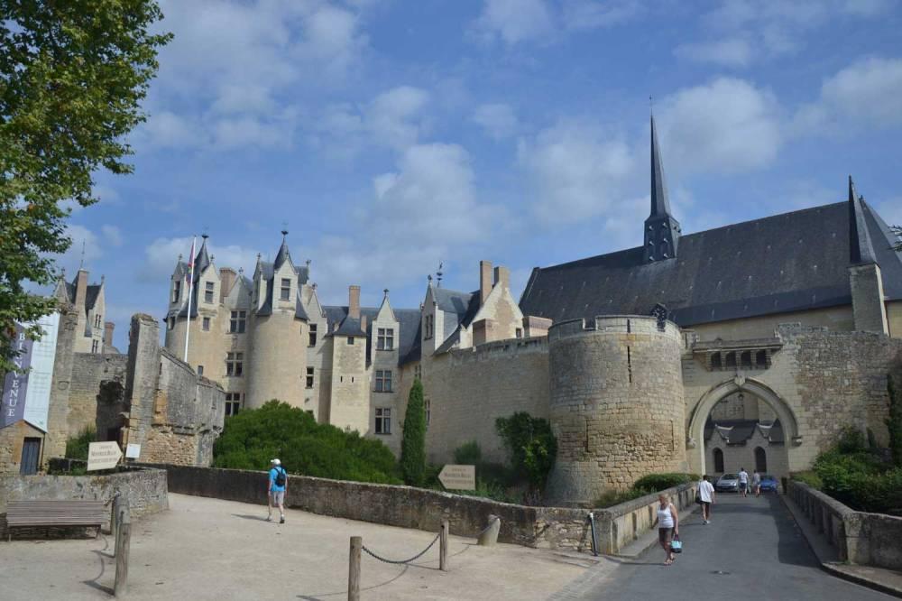 Le château et sa collégiale