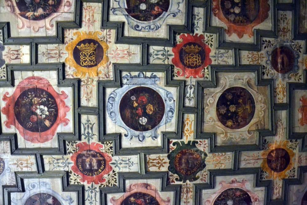 Plafond à caissons peint