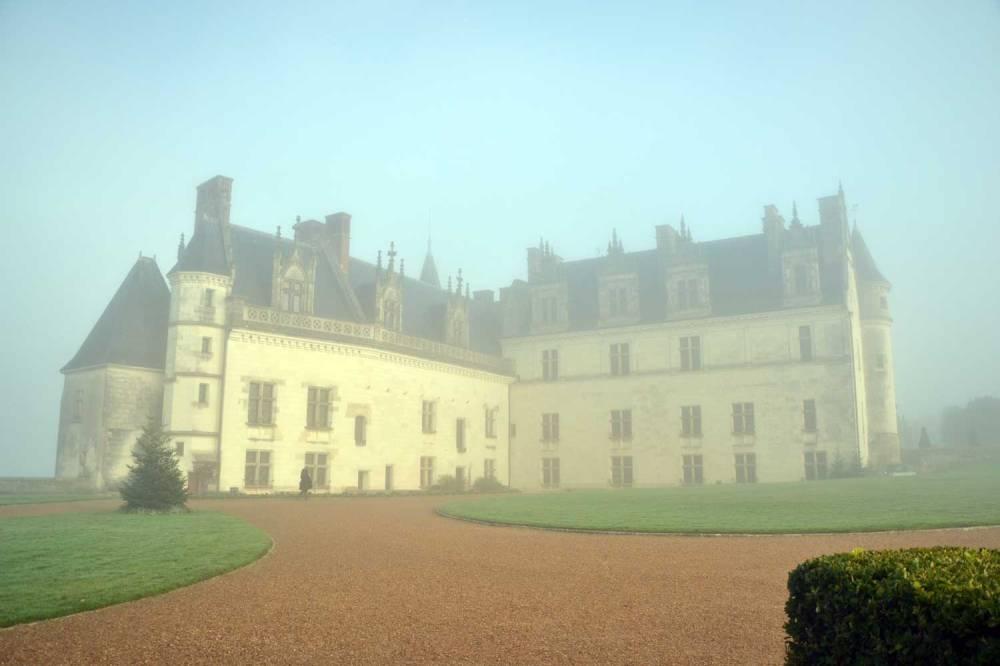 Château d'Amboise sous la brume