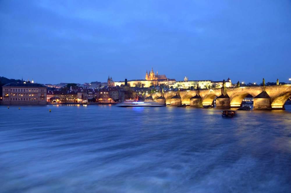 Pragues, son pont et son château