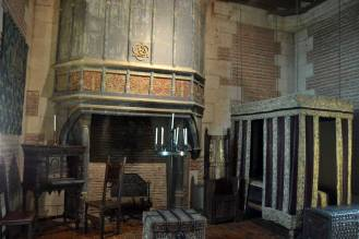 Une des cheminées du château