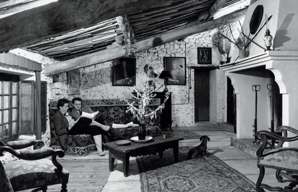Buffet-et-Berge-dans-le-saon-a-nanse-1952